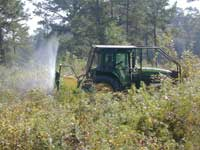 Herbicide application with Boom-less sprayer