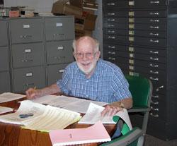 Library Volunteer, Ron Kanen