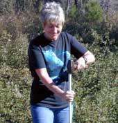 Chrisie-hammering